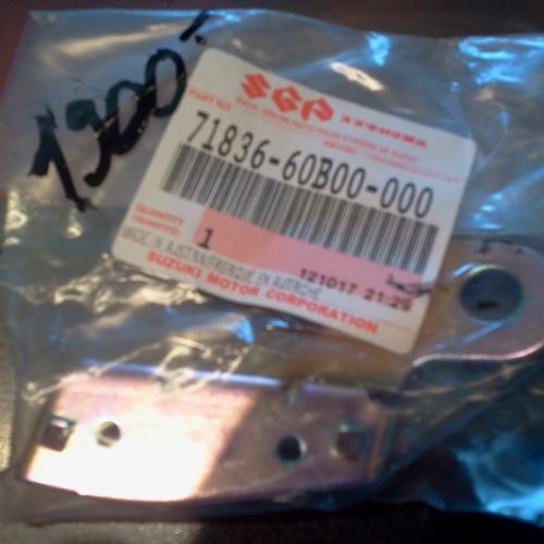 Suzuki Swift Bal hátsó felső vészháritó és sárvédő rögzitő elem 71836-60B00-000 Lökhárítótartó 3/5 ajtós 1900Ft