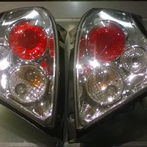 2005-2010 Suzuki Swift hátsó lámpa pár tuning  10000Ft