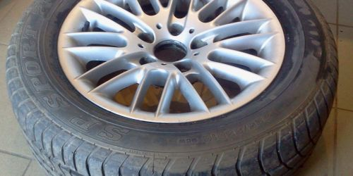 BMW Kőnyűfém felni 225/55 16 col garnitura Gumi nélkül: 40 000Ft Gumival: 60 000Ft  SP Sport 2000 E 225/55 R16 60000Ft