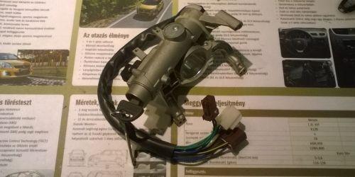 1996-2003 Suzuki Swift - Gyújtáskapcsoló 2 kulcsos NEM IMOS  29000Ft