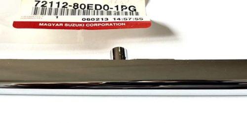 1990-2003 Suzuki Swift - Króm díszléc hűtőrácsra, jobb /Gyári/ Eredeti Suzuki alkatrész: 72112-80ED0-1PG 3900Ft